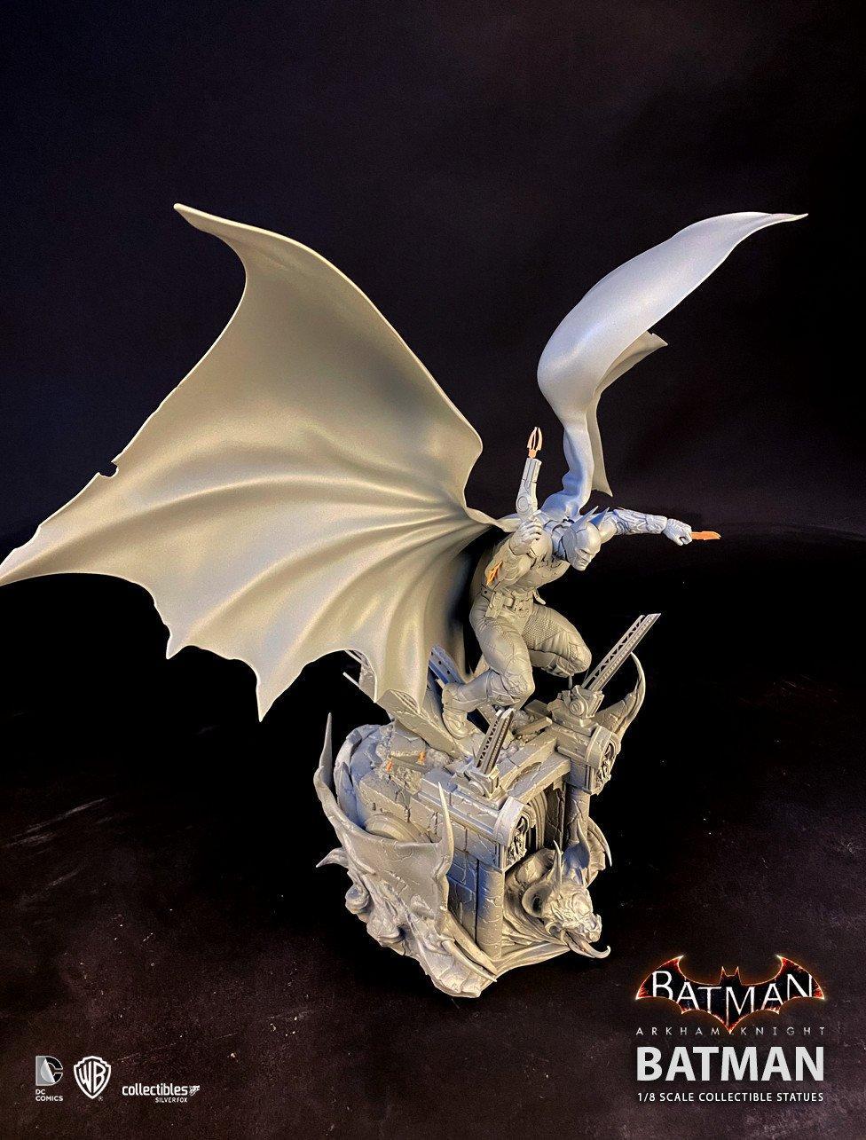 Batman siver fox collectibles batman arkham knight 1 8 scale statue3