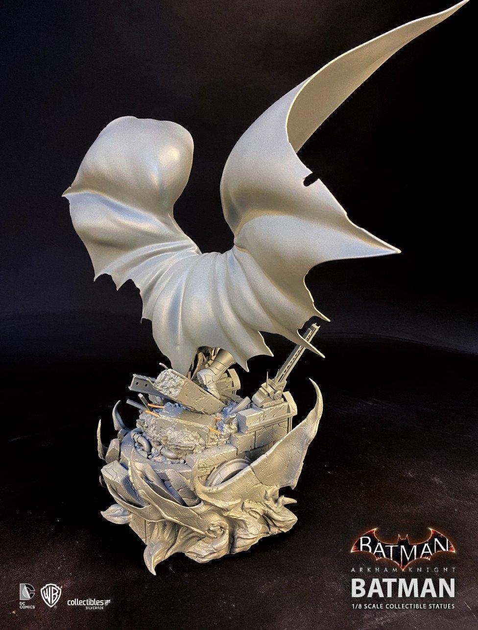 Batman siver fox collectibles batman arkham knight 1 8 scale statue4