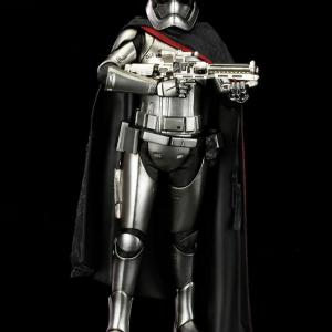 Star wars captain phasma the force awakens ver artfxplus 01 600x906