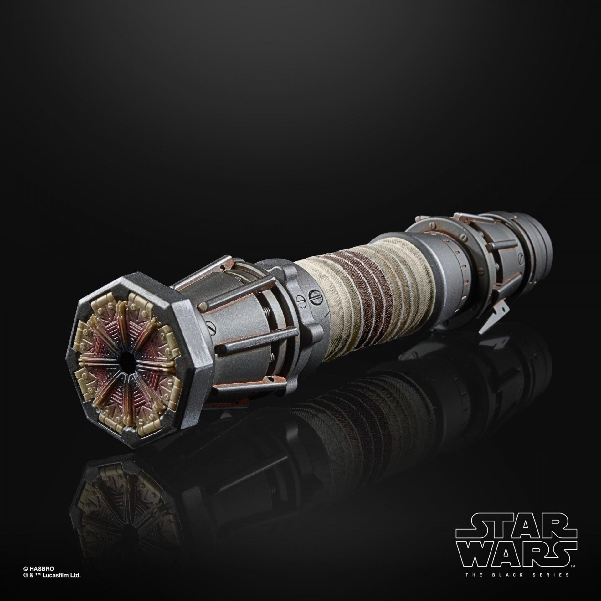 Star wars the black series rey skywalker force fx elite lightsaber6